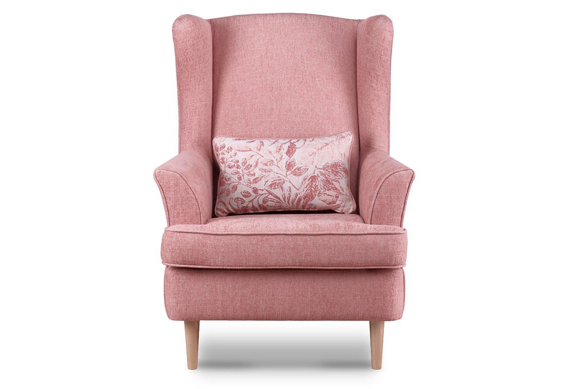 Skandynawski fotel różowy na nóżkach