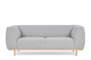 PUMI, https://konsimo.pl/kolekcja/pumi/ Skandynawska sofa z niskim oparciem jasnoszara jasny szary - zdjęcie