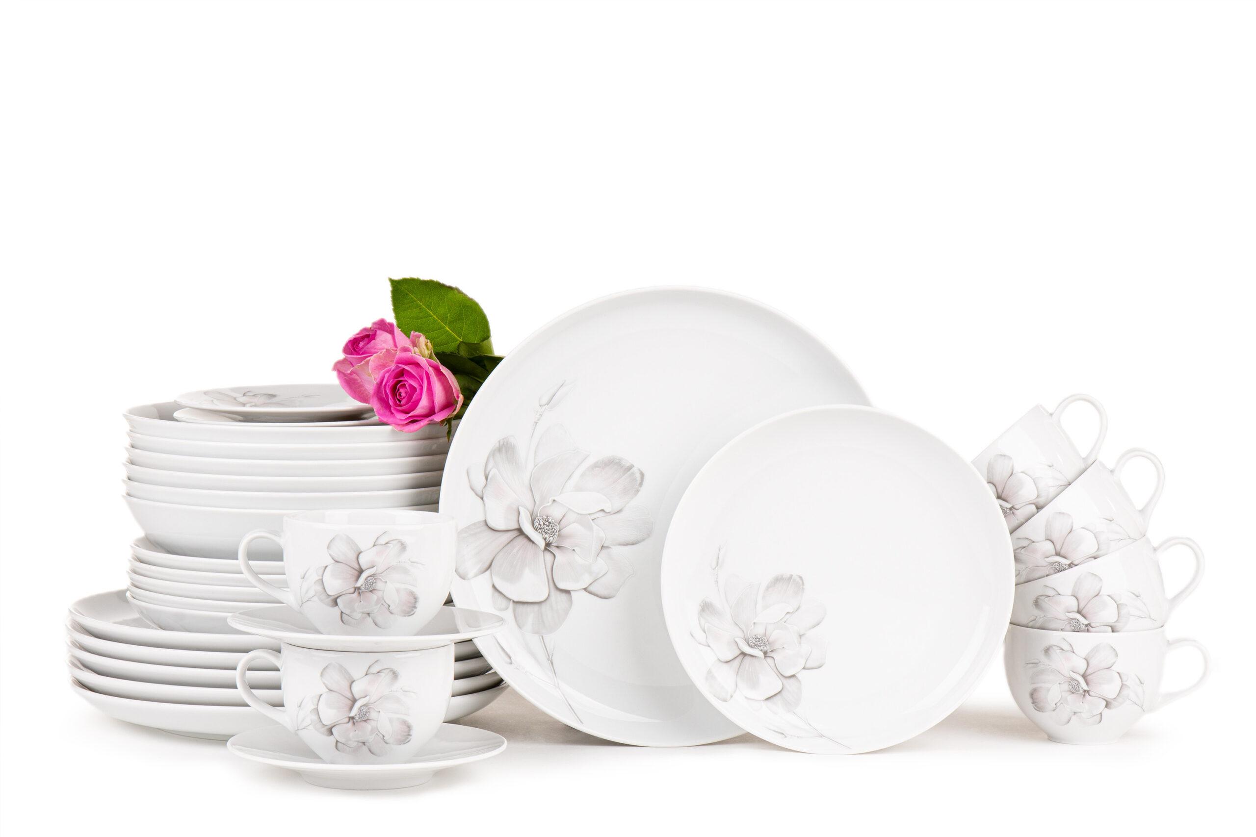 Serwis obiadowo-kawowy polska porcelana 6 os. 30 elementów Biały / wzór magnolii