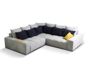 ALZA, https://konsimo.pl/kolekcja/alza/ Duży narożnik lewy z dekoracyjnymi poduszkami i drewnianą podstawką szary jasny szary/antracytowy/żółty - zdjęcie
