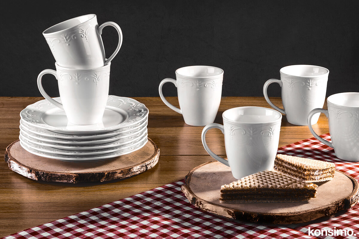 Klasyczny serwis herbaciany biały 12 elementów dla 6 osób