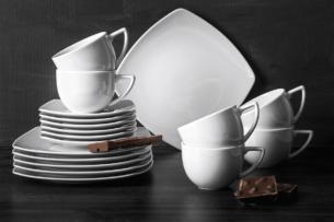 CARLINA, https://konsimo.pl/kolekcja/carlina/ Serwis kawowy kwadratowy 6 os. 18 elementów biały biały - zdjęcie