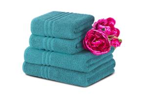MANTEL, https://konsimo.pl/kolekcja/mantel/ Komplet ręczników średnich 4 szt. turkusowy - zdjęcie