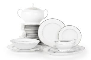 NEW HOLLIS PLATIN, https://konsimo.pl/kolekcja/new-hollis-platin/ Serwis obiadowy polska porcelana 6 os. 24 elementy biały / platynowy wzór Platin - zdjęcie