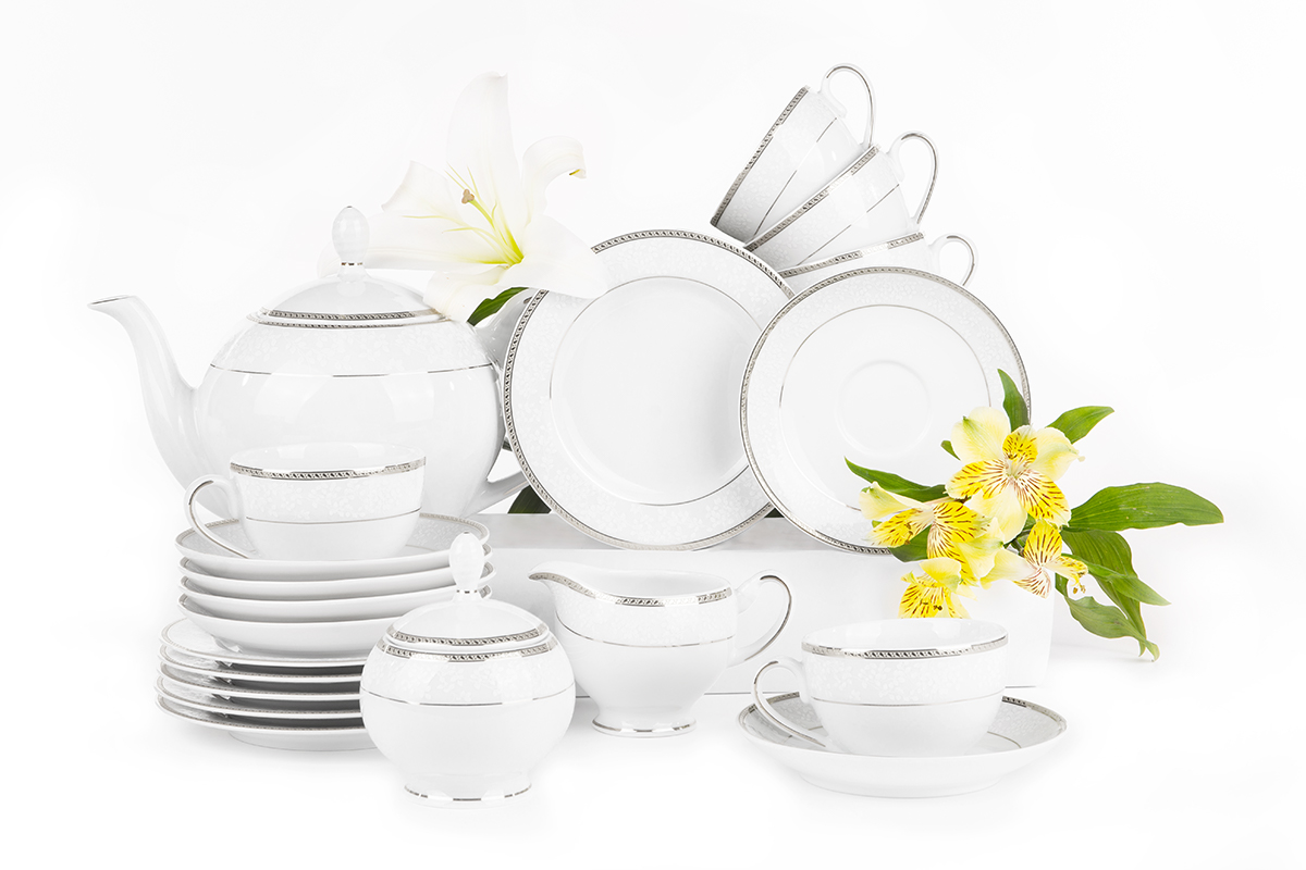 Serwis herbaciany polska porcelana 6 os. 15 elementów biały / platynowy wzór