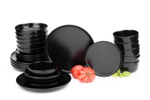 VICTO, https://konsimo.pl/kolekcja/victo/ Nowoczesny serwis obiadowy 6 os. 24 elementy Czarny mat czarny/matowy - zdjęcie