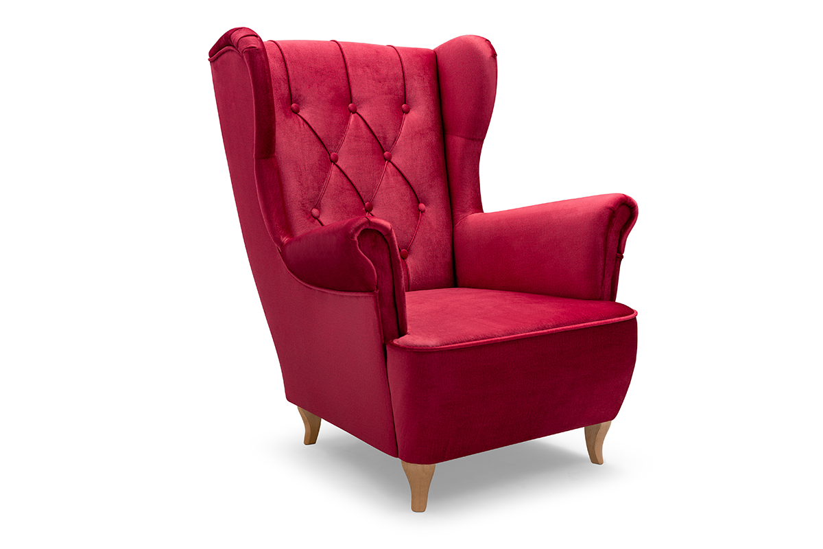 Skandynawski fotel uszak na drewnianych nóżkach czerwony